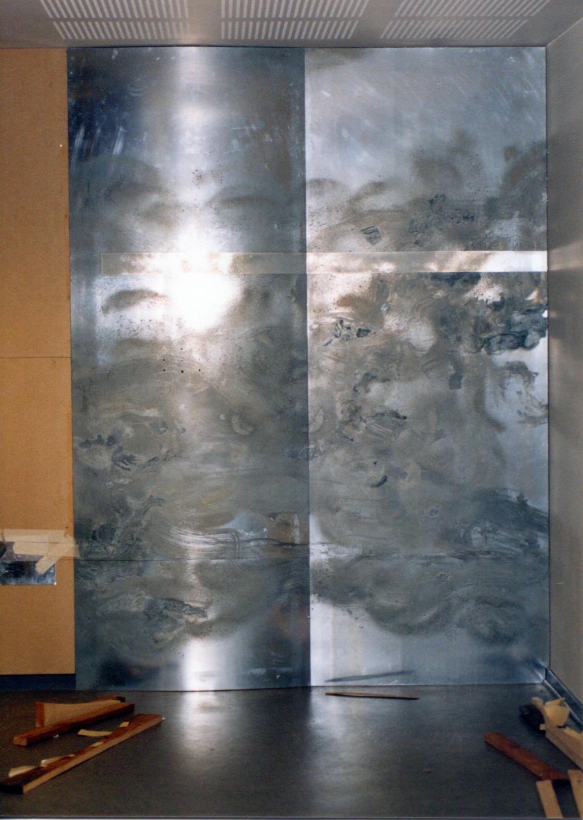 Vægbeklædning af ætsede zinkplader med lufthuller